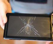 Как заменить треснувший экран планшета