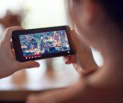 Как скачать фильм на Андроид с помощью приложений и без них